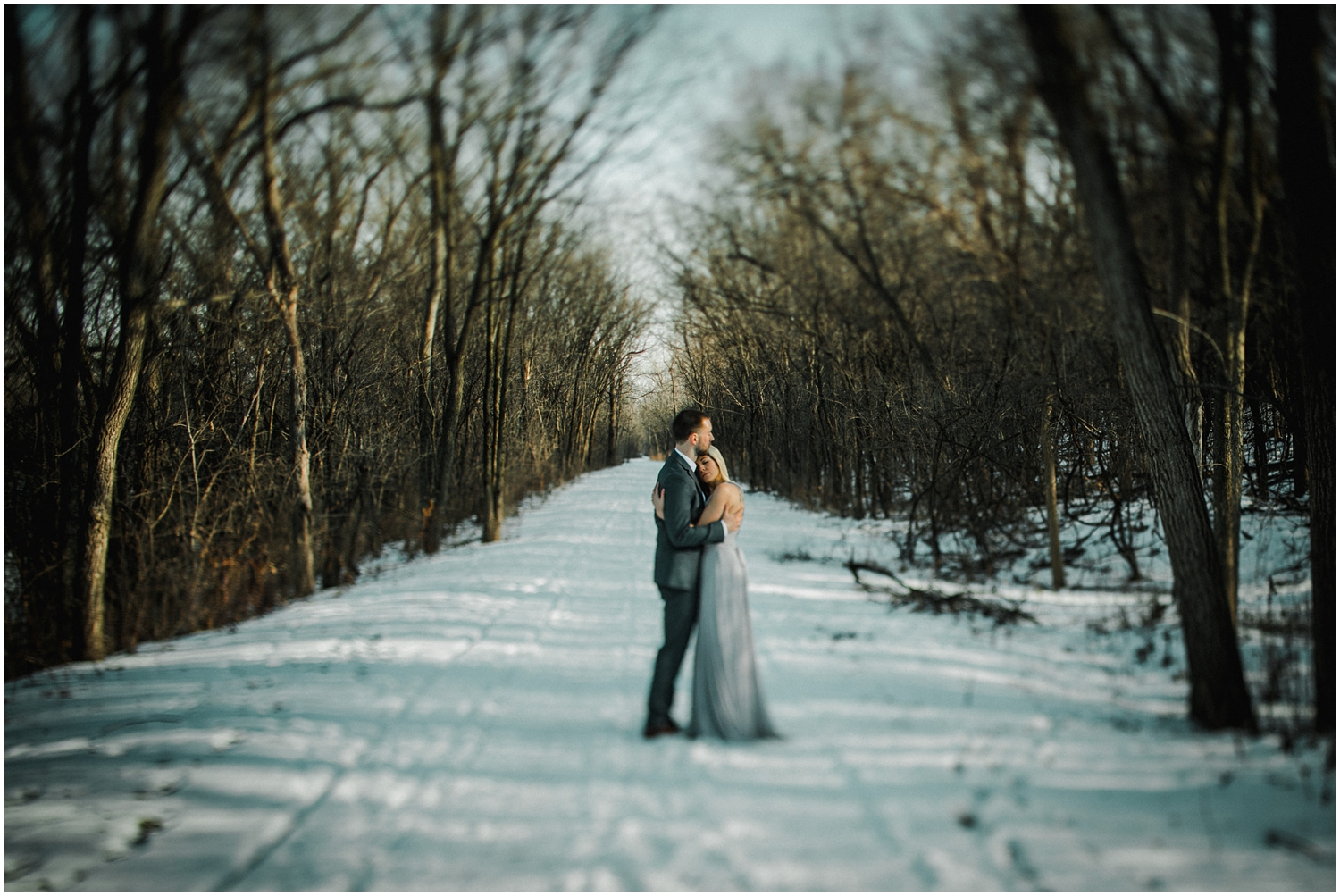 Laetitia Donaghy Photography - Chicago Engagement