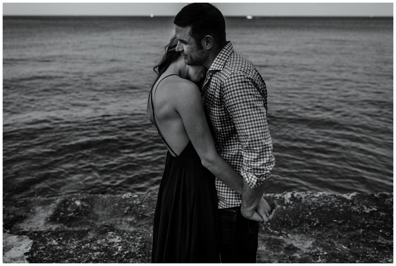 Laëtitia Donaghy Photography Chicago Engagement Promontory Point
